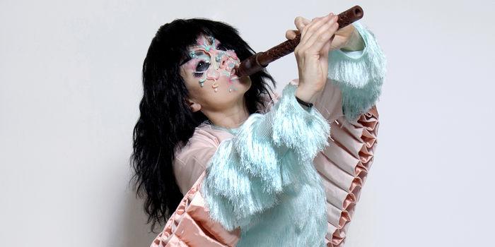 Björk in concerto alle Terme di Caracalla zerkalo spettacolo