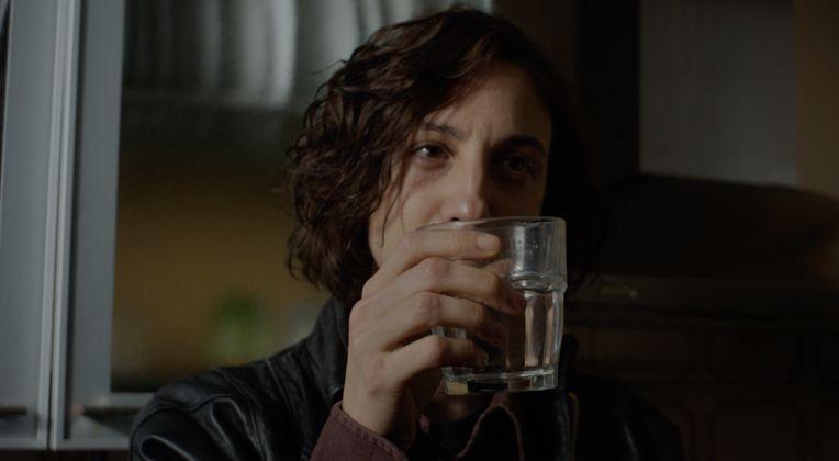 stato di ebbrezza è il film con Francesca Inaudi che racconta la caduta e il riscatto della cabarettista Maria Rossi zerkalo spettacolo