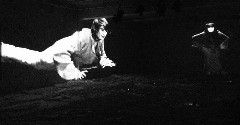 Gli spazi segreti dell'Odin Teatret zerkalo spettacolo