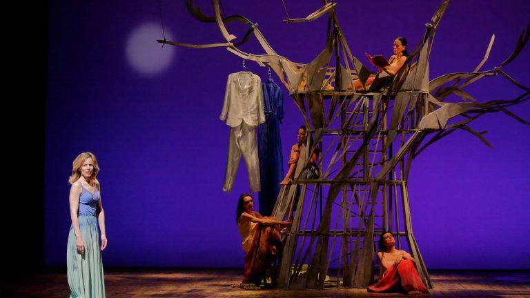 sonia bergamasco l'uomo seme teatro vascello zerkalo spettacolo