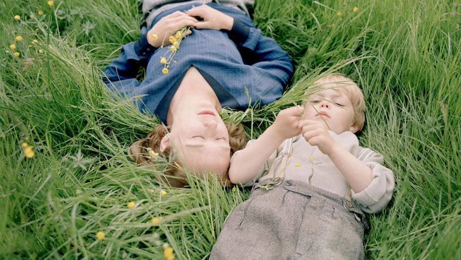 becoming astrid recensione zerkalo spettacolo