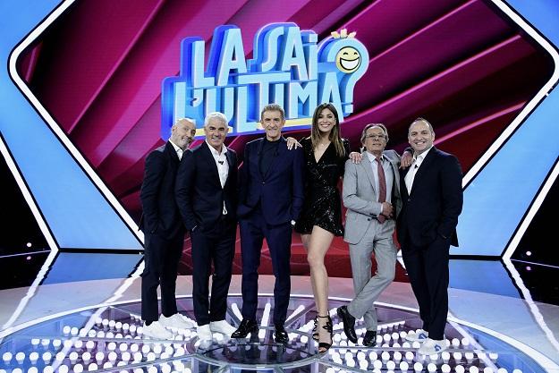 La sai l'ultima digital edition canale 5 zerkalo spettacolo