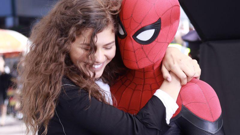 Spider Man Far from Home recensione zerkalo spettacolo