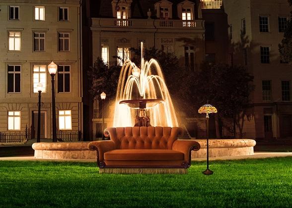 friends divano arancione roma zerkalo spettacolo
