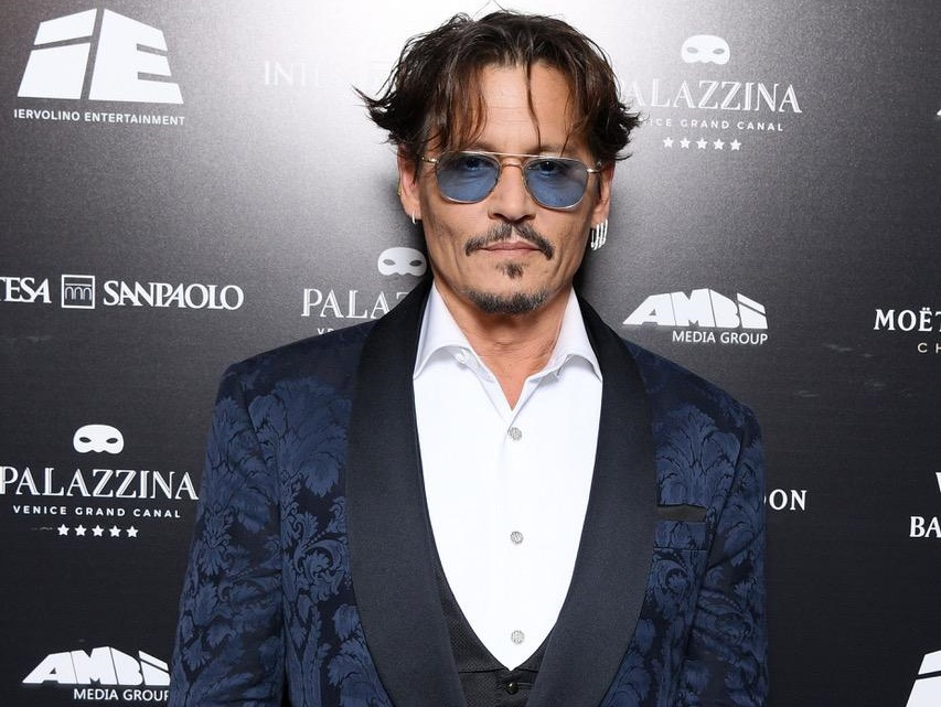 johnny depp palazzina red passion zerkalo spettacolo