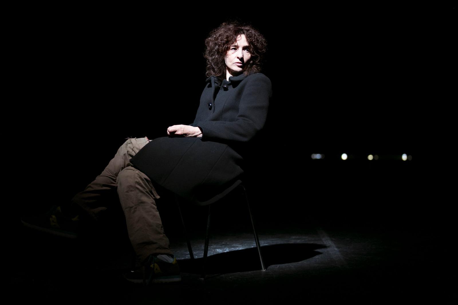 dEVERSIVO Teatro India Eleonora Danco zerkalo spettacolo