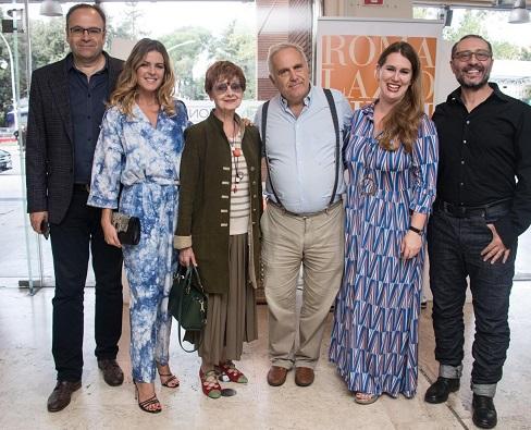 SelfieMania: Elisabetta Pellini dirige Milena Vukotic nell'episodio italiano
