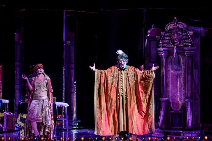 la grande magia teatro argentina zerkalo spettacolo
