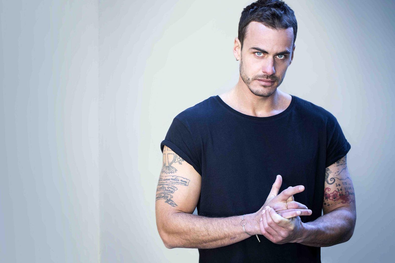 Raniero Monaco di Lapio intervista i medici 3 zerkalo spettacolo