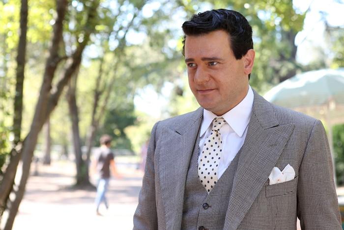 Permette? Alberto Sordi anticipazioni sul film con Edoardo Pesce che omaggia il grande attore italiano zerkalo spettacolo