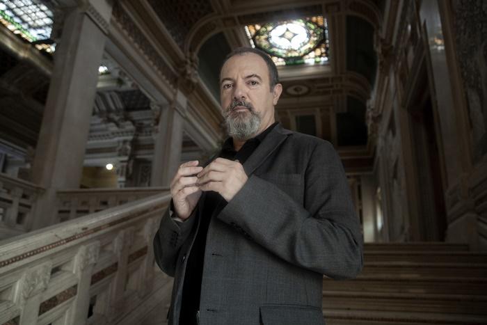 Inseparabili Vite all'ombra del genio cosa racconteranno le nuove puntate del format di Carlo Lucarelli zerkalo spettacolo