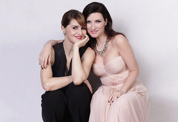 Laura Pausini e Paola Cortellesi in diretta insieme su Instagram zerkalo spettacolo
