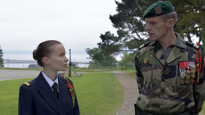 In prima linea, in digitale il film su donne ed esercito con Lambert Wilson e Diane Rouxel zerkalo spettacolo