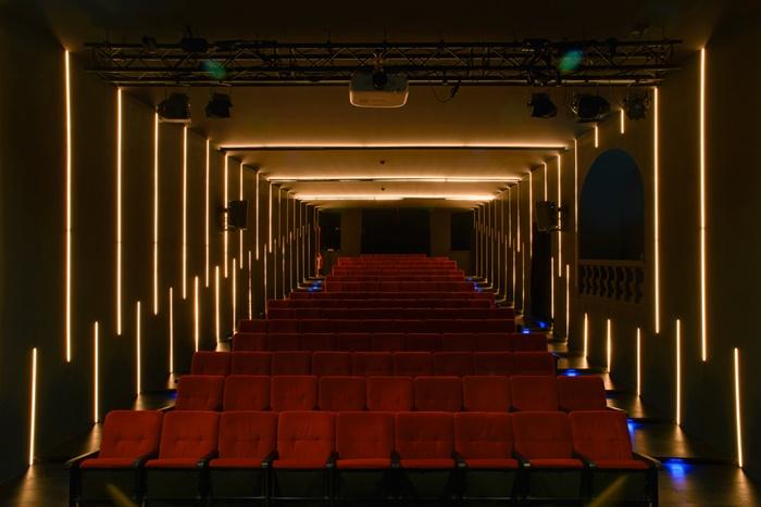 OFF/OFF Theatre, tutti i protagonisti di una nuova stagione all'insegna dell'intrattenimento di qualità zerkalo spettacolo