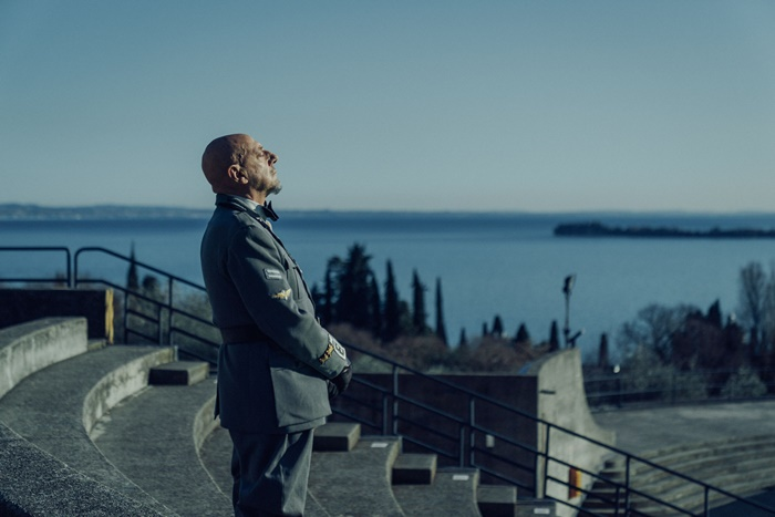 Il cattivo poeta, anticipazioni sul film con Sergio Castellitto nei panni di Gabriele D'Annunzi zerkalo spettacoloo
