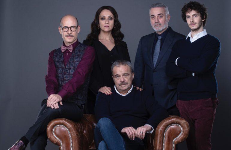I Cassamortari, il terzo film da regista di Claudio Amendola con Ghini, Tognazzi e Pelù zerkalo spettacolo