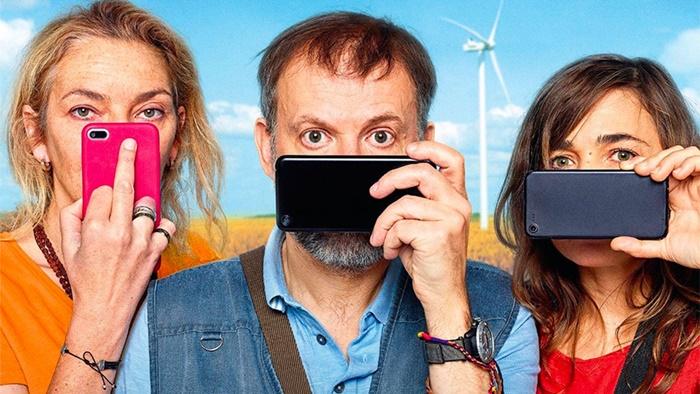 Imprevisti digitali, il film Orso d'Argento a Berlino arriva su MioCinema