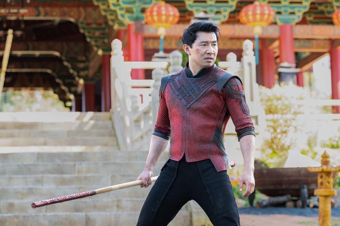 Shang-Chi e la Leggenda dei Dieci Anelli, prime immagini e data di uscita del nuovo film Marvel zerkalo spettacolo