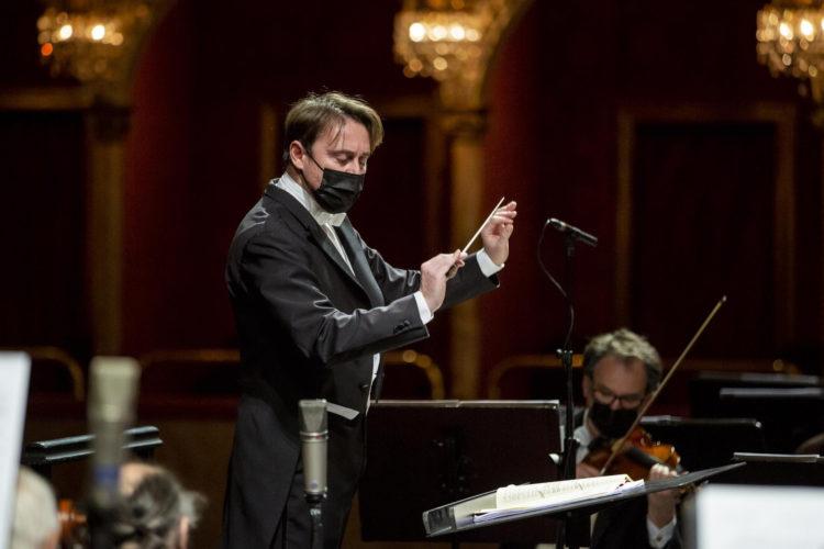 Il Teatro dell'Opera di Roma riapre al pubblico con un concerto dedicato a Verdi zerkalo spettacolo