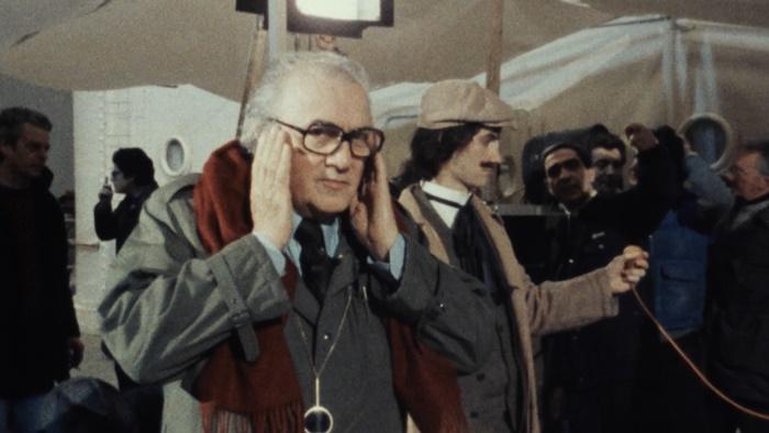Fellinopolis, Federico Fellini al lavoro nel prezioso documentario di Silvia Giulietti zerkalo spettacolo