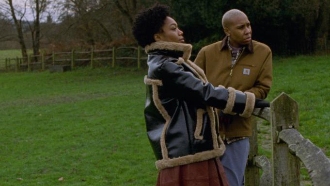 Master of None torna con una terza stagione incentrata su una coppia nera e queer zerkalo spettacolo