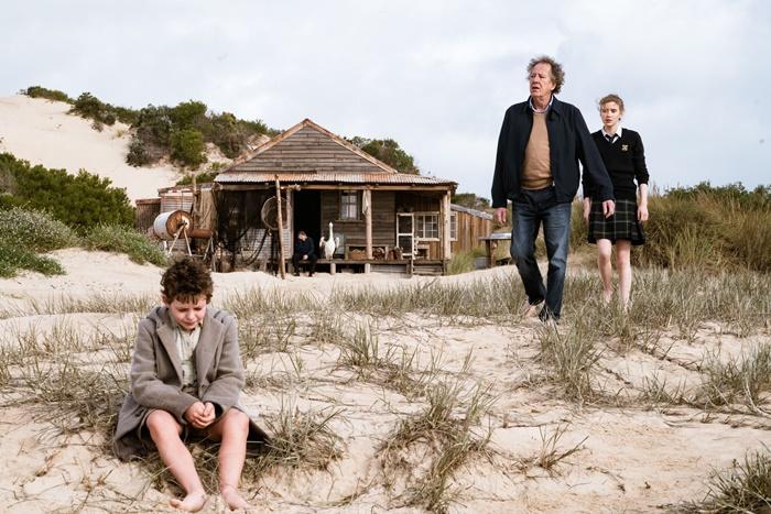 Storm Boy – Il ragazzo che sapeva volare, al cinema il film con Geoffrey Rush acclamato al Giffoni zerkalo spettacolo