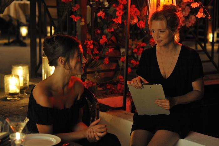 SIBYL - LABIRINTI DI DONNA, al cinema il film con Virginie Efira e Adèle Exarchopoulos zerkalo spettacolo