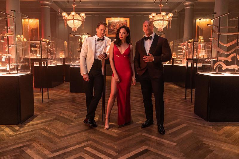 RED NOTICE, data di uscita e prime anticipazioni del film Netflix zerkalo spettacolo