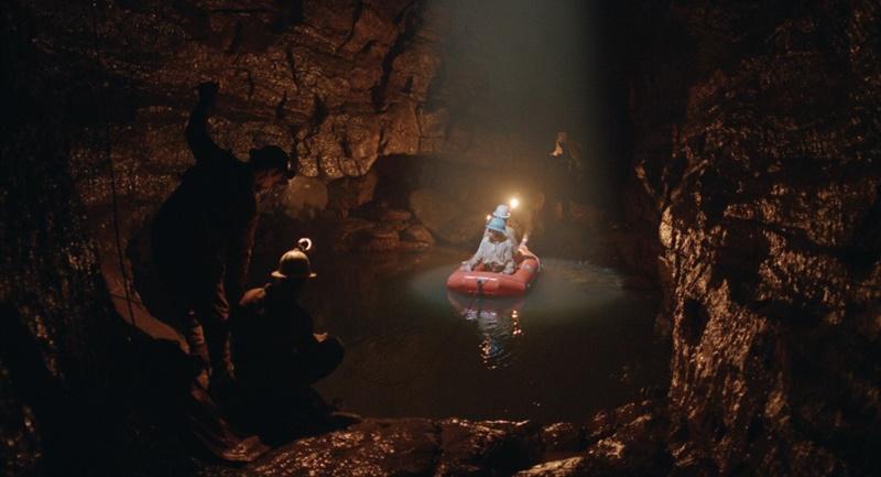 Il buco, arriva in sala il film di Michelangelo Frammartino premiato a Venezia zerkalo spettacolo