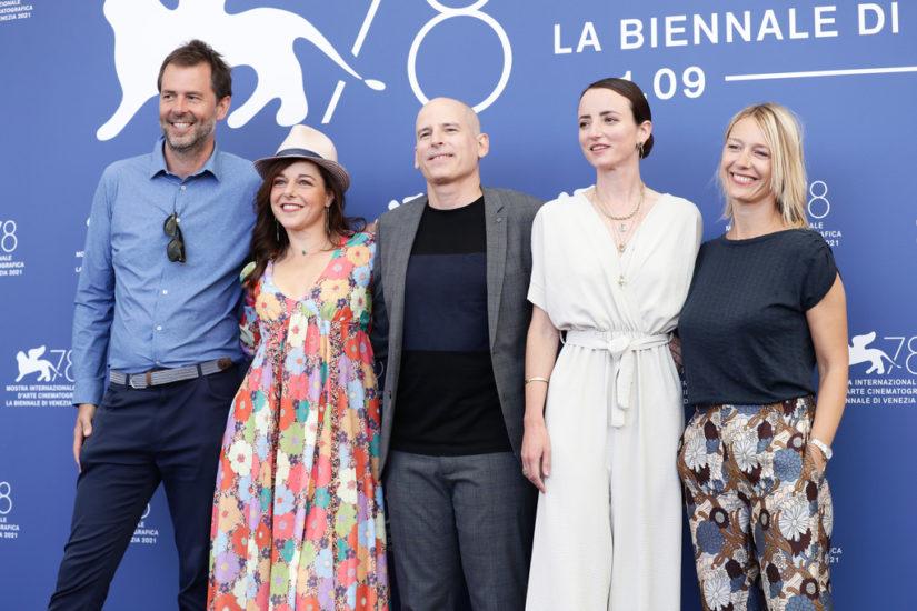 a plein temps presentato al festival di venezia 2021 zerkalo spettacolo