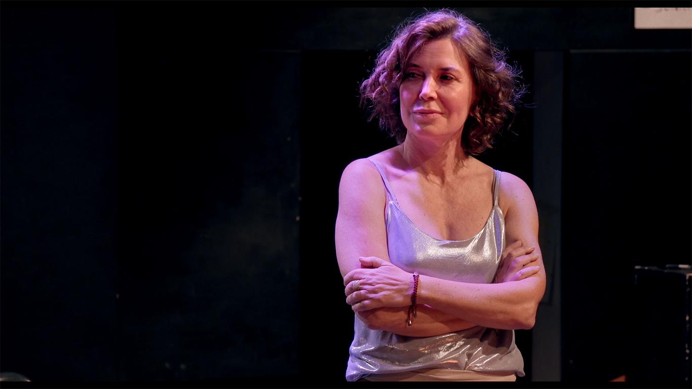 Venezia 78: Spin Time. Che fatica la democrazia!, tutto sul nuovo doc di Sabina Guzzanti zerkalo spettacolo