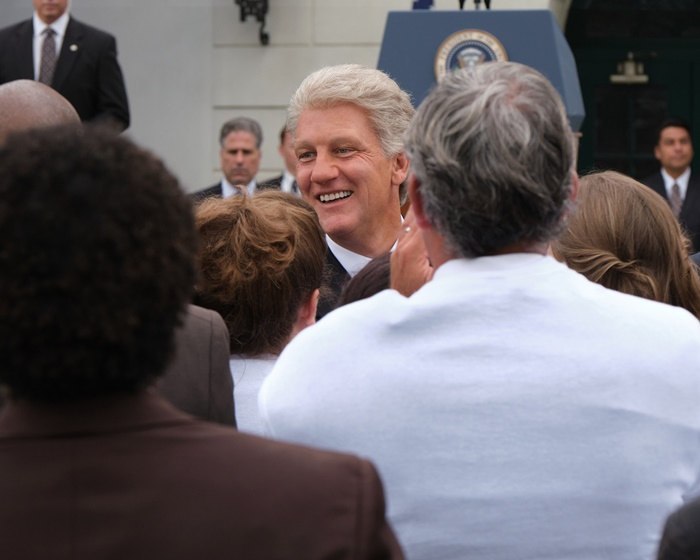 American Crime Story: Impeachment, anticipazioni del nuovo capitolo della saga di Ryan Murphy zerkalo spettacolo