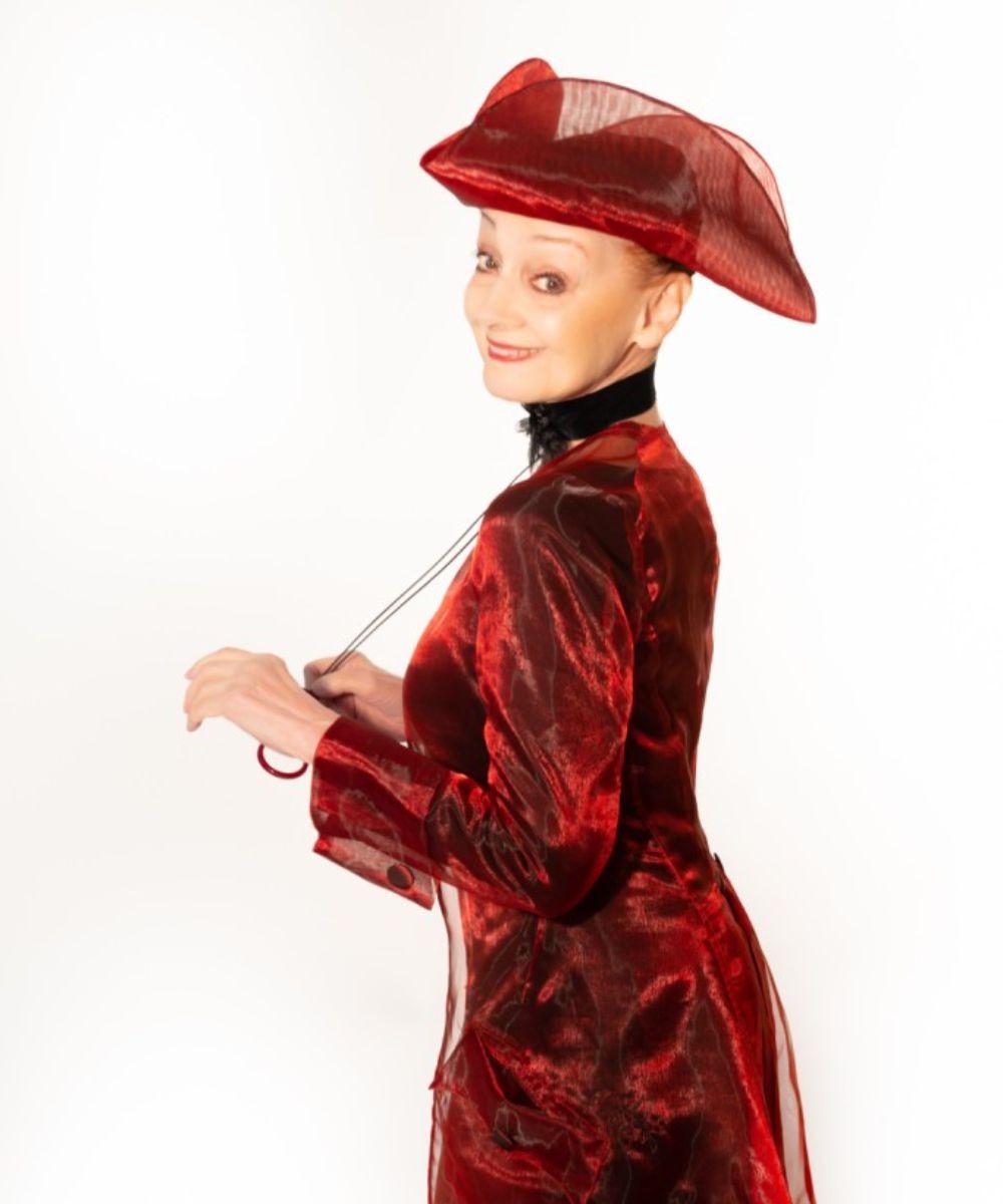 Milena ovveroEmilie du Châtelet, la recensione dello spettacolo teatrale con Milena Vukotic zerkalo spettacolo